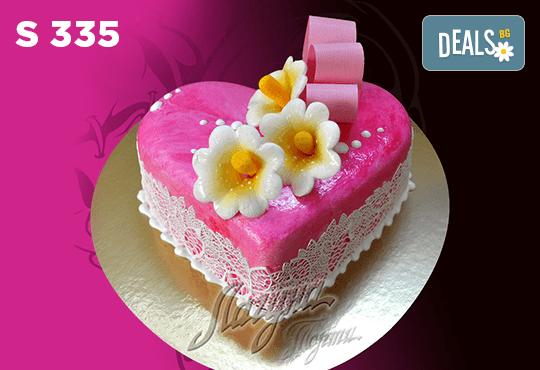 """Подарете уникална бутикова торта """"Романтично сърце"""" на любимия човек в цвят и вкус по желание, от сладкарница Лагуна! - Снимка 6"""