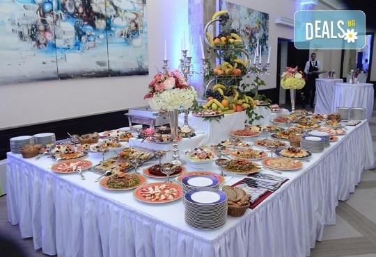 Празничен 3-ти март във Върнячка баня, Сърбия! 2 нощувки с 2 закуски, 1 стандартна и 1 празнична вечеря в Zepter Hotel 4*, транспорт, ползване на басейн, фитнес и сауна - Снимка 4
