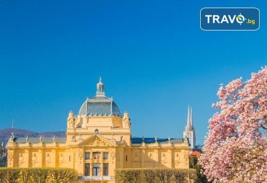 Хърватска приказка! 5 нощувки с 5 закуски и 3 вечери, транспорт, водач, посещение на Загреб, Трогир, Сплит, Плитвички езера, Будва и Котор - Снимка 5