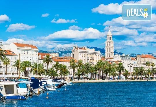 Хърватска приказка! 5 нощувки с 5 закуски и 3 вечери, транспорт, водач, посещение на Загреб, Трогир, Сплит, Плитвички езера, Будва и Котор - Снимка 11