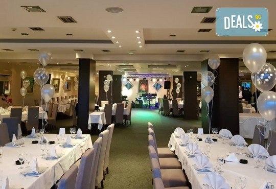 СПА уикенд за 8-ми март в Крушевац, Сърбия! 1 нощувка, закуска и празнична вечеря с жива музика в хотел Golf & Spa 3* и транспорт от Мивеки Травел - Снимка 4