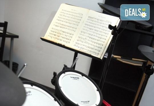 За 1 лв.! Супер промоционален урок по музикален инструмент или пеене в Музикално училище Мелодия! - Снимка 6