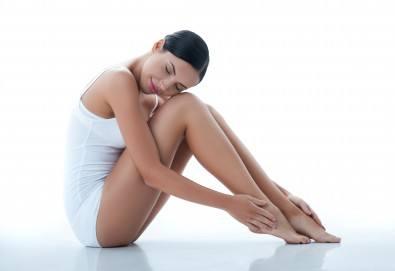 RF лифтинг и фотобиостимулация на лице и шия + лимфодренажен масаж на крака в център за жизненост и красота Девимар - Снимка
