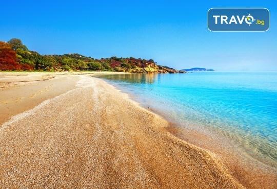 Лятна мини почивка в Кавала! 4 нощувки със закуски и вечери в Hotel Oceanis 3*, транспорт и трансфер до плажовете Амолофи, Неа Ираклица и Каламица - Снимка 3