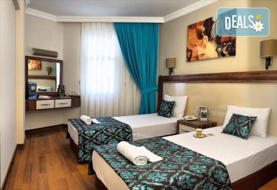 Ранни записвания за почивка във Flora Suit Hotel 3*, Кушадасъ! 7 нощувки на база All Inclusive, транспорт и представител от Дениз Травел - Снимка 3