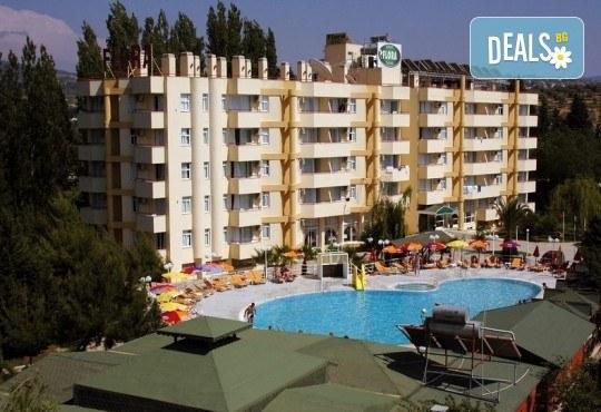 Ранни записвания за почивка във Flora Suit Hotel 3*, Кушадасъ! 7 нощувки на база All Inclusive, транспорт и представител от Дениз Травел - Снимка 1