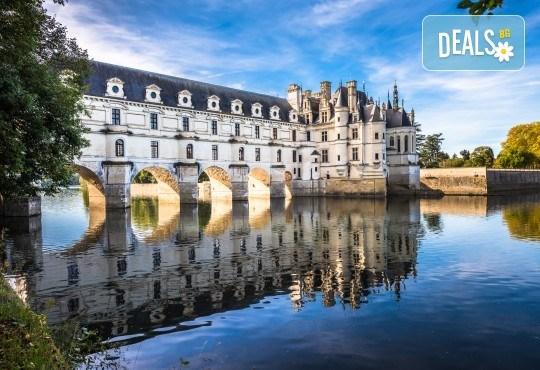 Екскурзия до Париж, Залцбург, Люксембург и Милано! 8 нощувки и закуски, комбиниран транспорт, бонус: посещение на Страсбург и замъците по Лоара - Снимка 1
