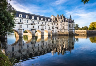 Екскурзия до Париж, Залцбург, Люксенбург и Милано! 8 нощувки и закуски, комбиниран транспорт, бонус: посещение на Страсбург и замъците по Лоара - Снимка