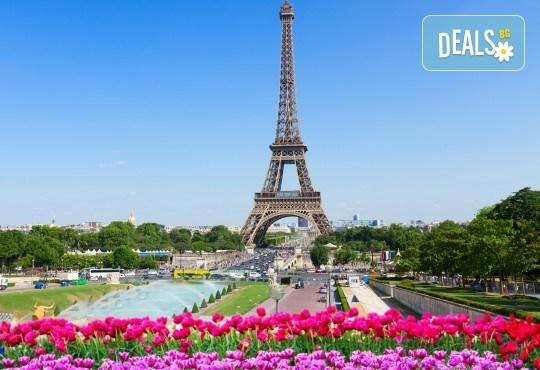 Last Minute екскурзия до Париж и Швейцария с Холидей БГ Тур! 4 нощувки със закуски, транспорт със самолет и автобус, посещение на Монмартър и Сакре Кьор - Снимка 6