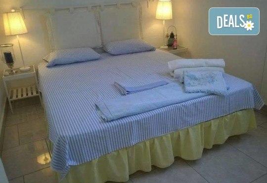 Наем за една нощувка на вили Alexandros или Danae в непосредствена близост до плажа с капацитет до 7-8 човека - Снимка 6