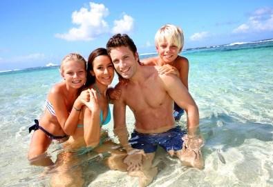 Наем за една нощувка на вили Alexandros или Danae в непосредствена близост до плажа с капацитет до 7-8 човека - Снимка