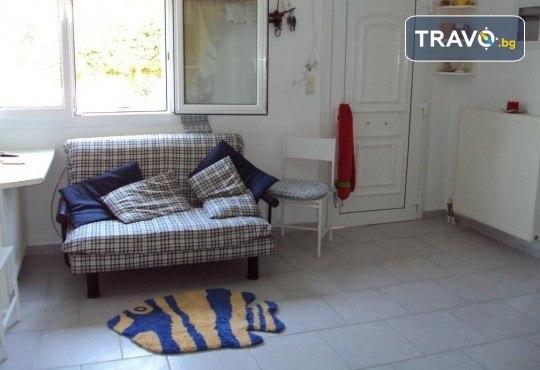 Наем за една нощувка на вили Alexandros или Danae в непосредствена близост до плажа с капацитет до 7-8 човека - Снимка 5