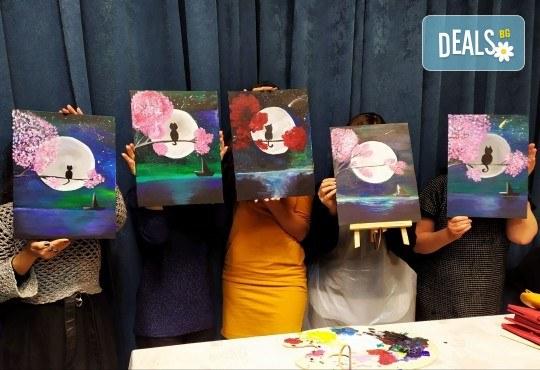 Рисуване и вино! 3 часа рисуване на картина с акрил през м. март + чаша вино в Пух арт студио - Снимка 9