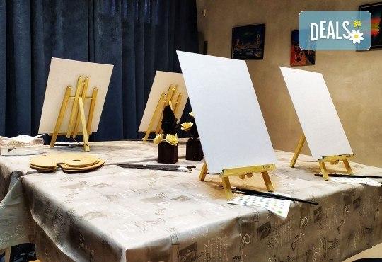 Рисуване и вино! 3 часа рисуване на картина с акрил през м. март + чаша вино в Пух арт студио - Снимка 32