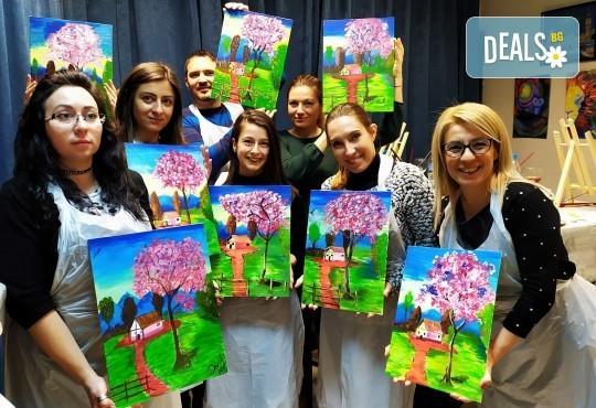 Рисуване и вино! 3 часа рисуване на картина с акрил през м. март + чаша вино в Пух арт студио - Снимка 17