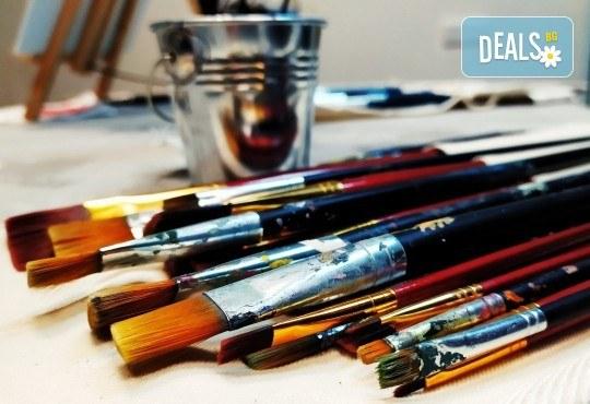 Рисуване и вино! 3 часа рисуване на картина с акрил през м. март + чаша вино в Пух арт студио - Снимка 21