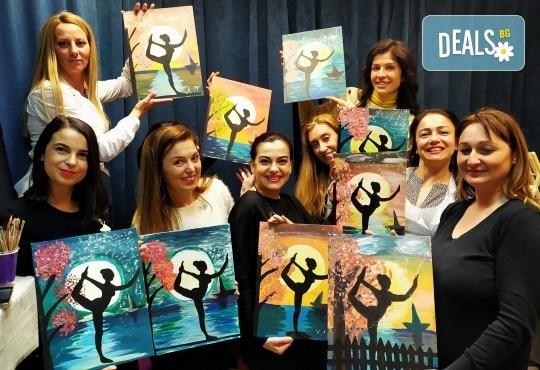 Рисуване и вино! 3 часа рисуване на картина с акрил през м. март + чаша вино в Пух арт студио - Снимка 29