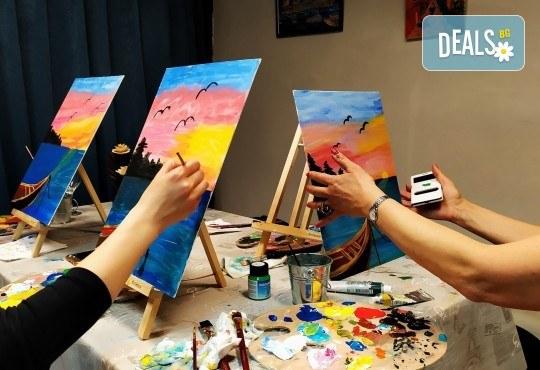 Рисуване и вино! 3 часа рисуване на картина с акрил през м. март + чаша вино в Пух арт студио - Снимка 3