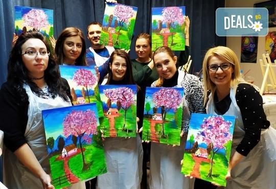 В цветовете на пролетта! Рисуване и вино: картина с акрил, метод стъпка по стъпка + чаша вино в Пух арт студио - Снимка 1