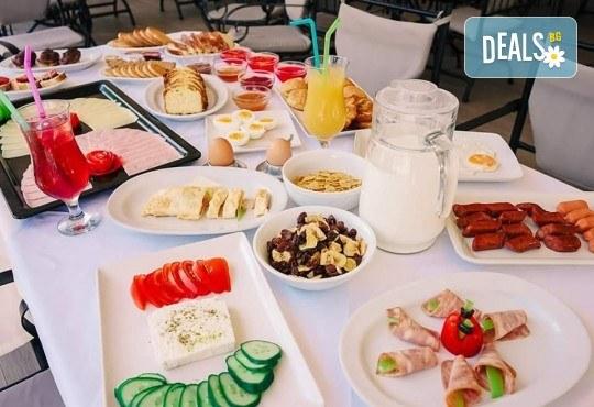 Лятна почивка на супер цена в Stavros Beach Hotel в Ставрос! 7 нощувки със закуски и вечери, възможност за транспорт - Снимка 9