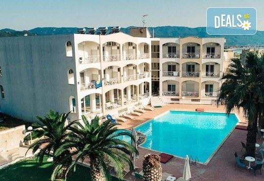 Почивка в Ставрос, Гърция: 7 нощувки на база НВ в Stavros Beach Hotel