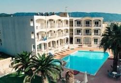 Лятна почивка на супер цена в Stavros Beach Hotel в Ставрос! 7 нощувки със закуски и вечери, възможност за транспорт - Снимка