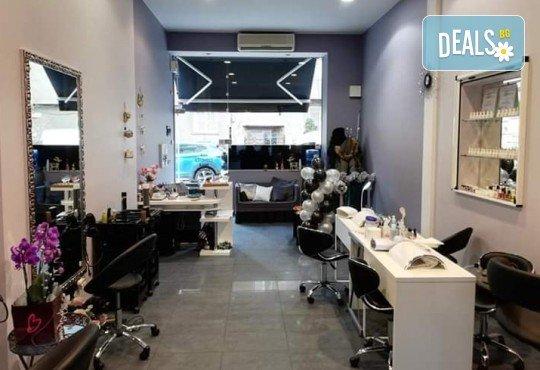 Диамантено микродермабразио, кислородна терапия и нанасяне на ампула в Narmaya beauty lounge - Снимка 7