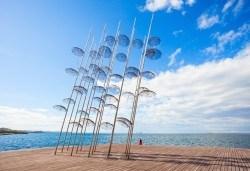 Еднодневна екскурзия през март или април до Солун с посещение на скулптурата Веселите чадъри! Транспорт и екскурзовод от Глобул Турс - Снимка