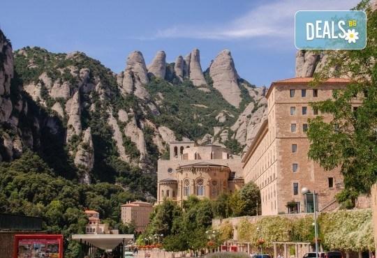Екскурзия Съкровищата на Европа - Барселона, Френската ривиера и Лигурия с Мивеки Травел! 9 нощувки, 9 закуски, 3 вечери, транспорт, екскурзовод и богата програма - Снимка 9