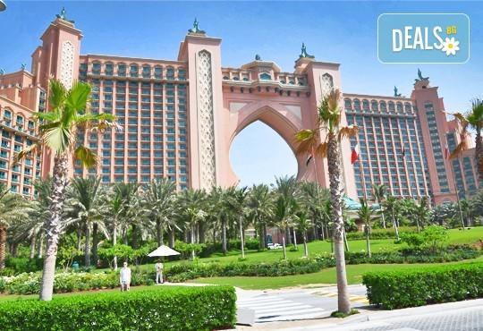 Майски празници в Дубай! 5 нощувки със закуски в Rose Park Hotel 4*, самолетен билет и трансфери, сафари в пустинята и круиз в Дубай Марина - Снимка 2