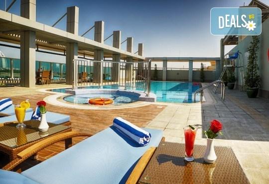 Майски празници в Дубай! 5 нощувки със закуски в Rose Park Hotel 4*, самолетен билет и трансфери, сафари в пустинята и круиз в Дубай Марина - Снимка 8