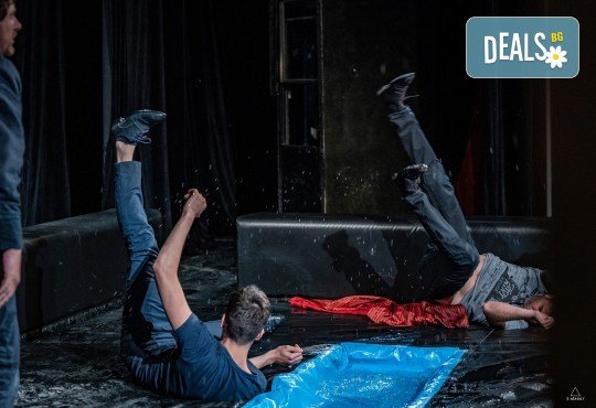 Комедията Пияните с Весела Бабина, Герасим Георгиев-Геро и Анастасия Лютова на 10-ти март (вторник) в Малък градски театър Зад канала! - Снимка 15
