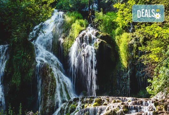 Еднодневна екскурзия през април до Деветашката пещера, Крушунските водопади и Ловеч с транспорт и екскурзовод от ТА Поход! - Снимка 1