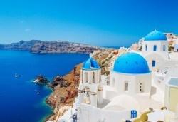 Мини почивка на остров Санторини! 4 нощувки със закуски, транспорт и водач от Еко Тур - Снимка