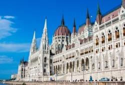 Преди Великден в Будапеща, Виена и Прага със Запрянов Травел! 3 нощувки със закуски, транспорт и богата програма - Снимка