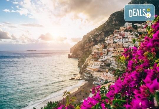 Романтика в Южна Италия! 5 нощувки със закуски, транспорт, посещение на Неапол, Херкулан, Алберобело, Везувий и Помпей - Снимка 7