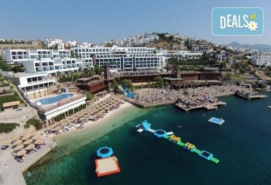 Ранни записвания за почивка през септември в Delta Beach Resort 5*, Бодрум! 7 нощувки на база All Inclusive Plus, възможност за транспорт - Снимка 1