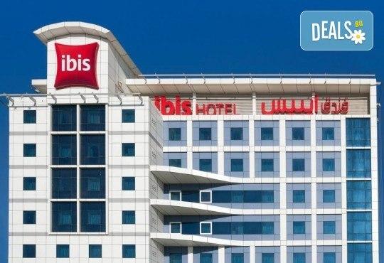 Екскурзия до Дубай през май! 4 нощувки с 4 закуски и 2 вечери в Ibis Al Barsha 3*, самолетен билет, сафари в пустинята и круиз в Дубай Марина - Снимка 7