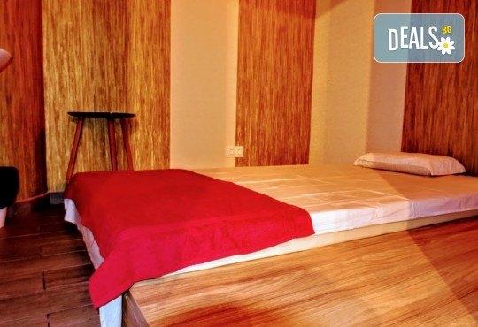 90-минутен СПА ритуал Колагеново захранване! Маска на цяло тяло с морски колаген, 60 мин. масаж и релаксация в солна стая за един или двама в новия Thai SPA в The MALL - Снимка 18