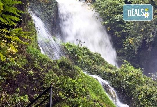 Еднодневна екскурзия през пролетта до града на водопадите - Едеса! Транспорт и екскурзовод от Глобул Турс - Снимка 1