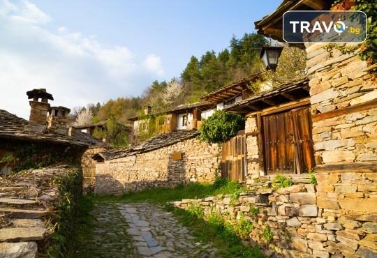 Екскурзия за 1 ден през пролетта до красивите села Лещен и Ковачевица! Транспорт и екскурзовод от Глобул Турс - Снимка 1