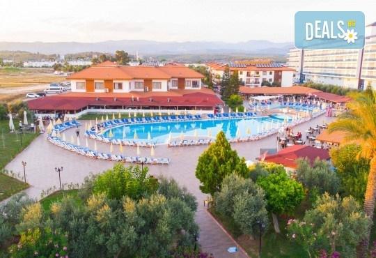 Лятна почивка в Анталия, Турция, с BELPREGO Travel: Eftalia Village 4*, 7 нощувки на база All Inclusive, възможност за транспорт - Снимка 2