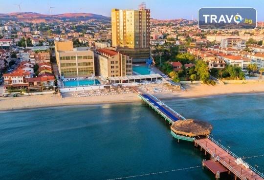 Фестивал на лалето в Истанбул на супер цена! 2 нощувки и закуски в Kumburgaz Marin Princess 5*, транспорт, ползване на сауна, парна баня и басейн - Снимка 5