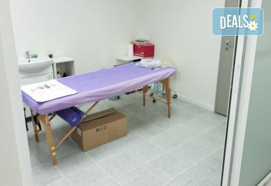 Aqua Peel, биолифтинг, кислородна мезотерапия и терапия студен чук на лице и шия в NSB Beauty! - Снимка 7