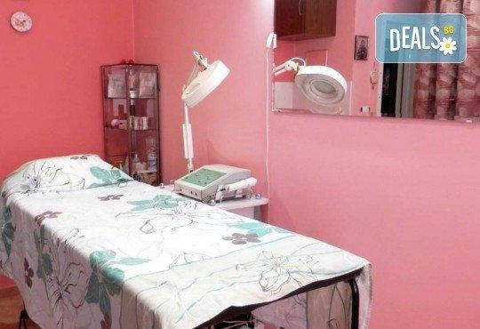 Кожа без несъвършенства! Дълбоко мануално почистване на лице в салон за красота Селина - Снимка 9