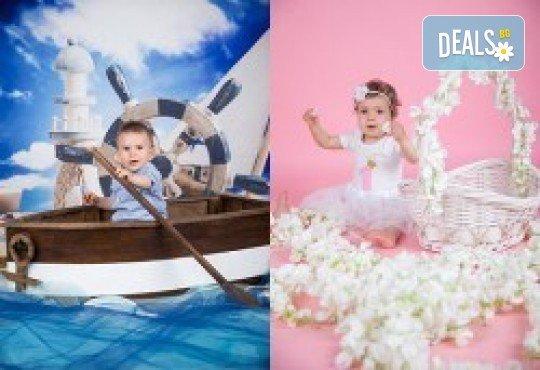 Индивидуална, детска или семейна фотосесия в студио и обработка на всички заснети кадри от Chapkanov photography - Снимка 32
