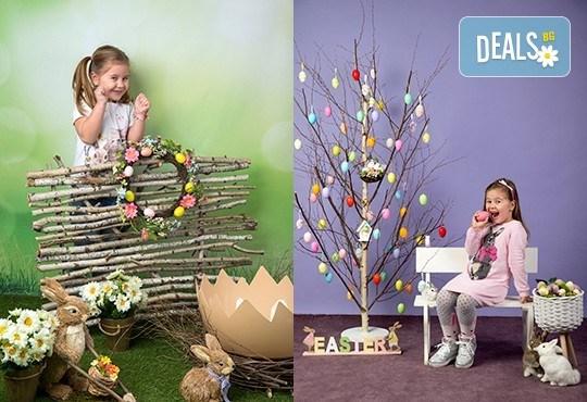 Индивидуална, детска или семейна фотосесия в студио и обработка на всички заснети кадри от Chapkanov photography! - Снимка 2