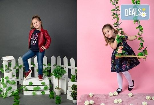 Индивидуална, детска или семейна фотосесия в студио и обработка на всички заснети кадри от Chapkanov photography! - Снимка 4