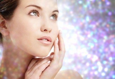 Млада кожа! Кристална диамантена алгомаска със сребро на лице в салон за красота Селина - Снимка