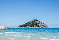 Почивка през юни в Hotel Esperia 3* на остров Тасос! 5 нощувки със закуски и вечери, транспорт - Снимка
